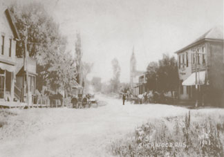 Sherwood, 1908. Building at left is currently The Granary.